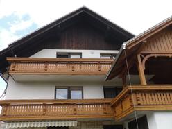 Svetlitev lesenih delov